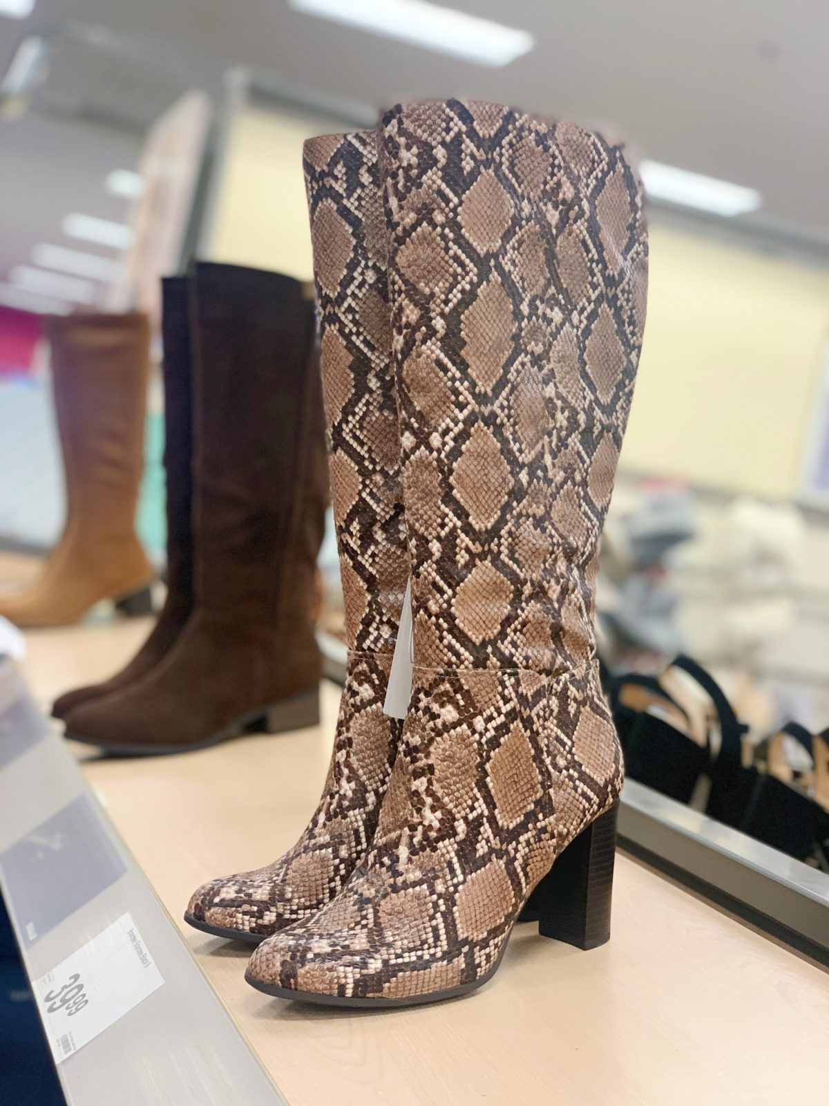 tall snakeskin bootes