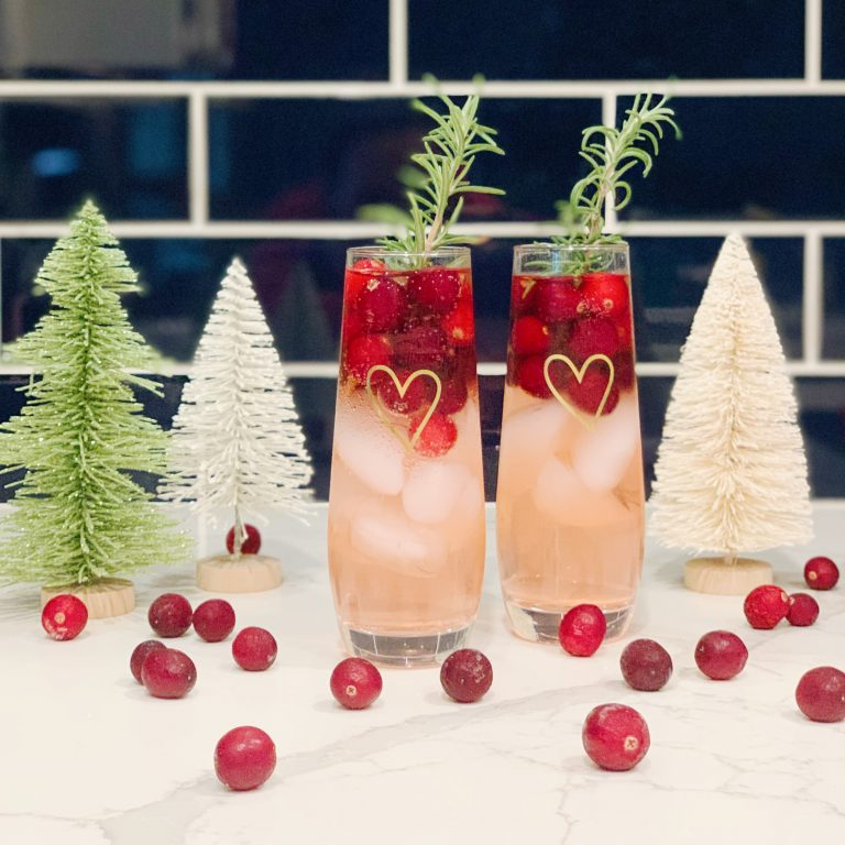 Jingle Juice holiday cocktail